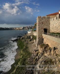 Крепостната стена в Созопол