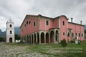 """църква """"Св. Никола"""" в Карлово"""